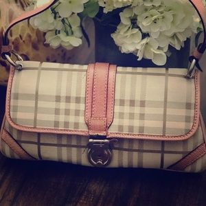 Burberry pink canvas Peyton medium purse